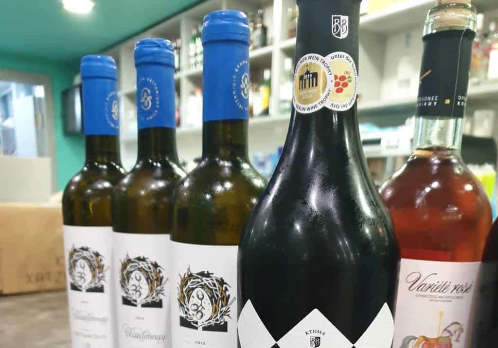 κάβα κρασιών vranas resort